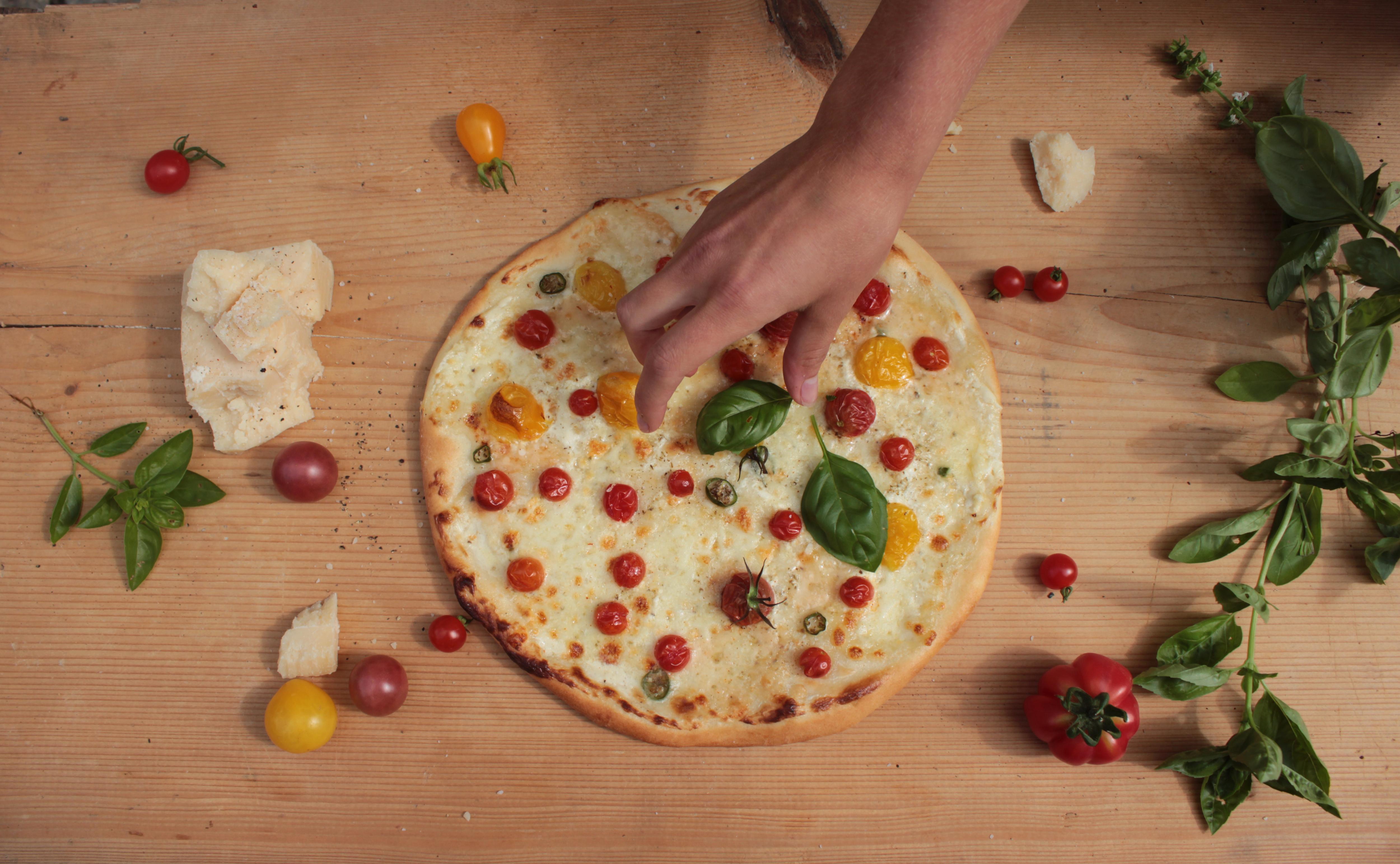 Herzhafter Kuchen Mit Tomate Und Birne Ziegenkase